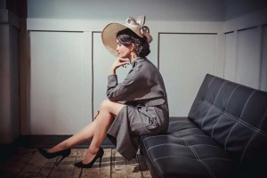 Beverley Edmondson Cream Curve Hat with Bow, Photography by Ginny Marsh